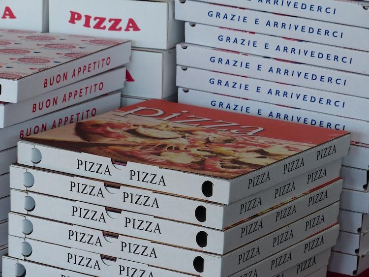 pizza schifosa